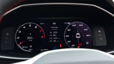 SEAT Leon hatchback - digital gauges