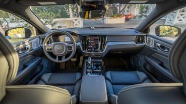 Volvo S60 T8 TwinEngine saloon interior