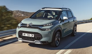 Citroen C3 Aircross facelift driving