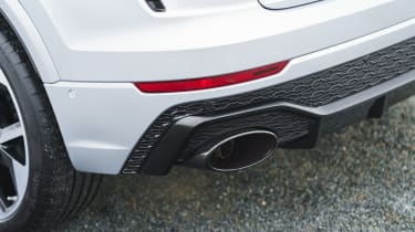 Audi RS Q8 SUV - exhaust close up