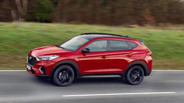 Hyundai Tucson N Line - side driving