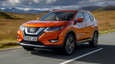 Nissan X-Trail - front 3/4 driving