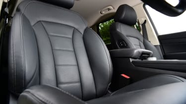 SsangYong Rexton SUV front seats