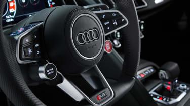2020 Audi R8 RWD - steering wheel