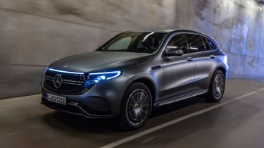 Mercedes EQC SUV tunnel