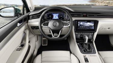 2019 Volkswagen Passat AllTrack interior front