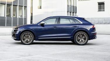 Audi SQ8 side view