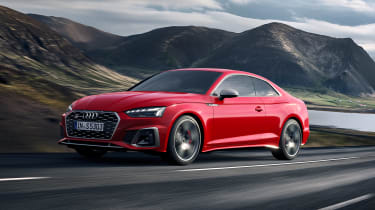 Audi S5 Coupe front 3/4 tracking