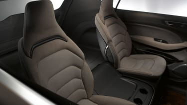 Ford S-MAX 2015 rear seats
