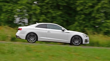 Audi A5 Coupe side panning