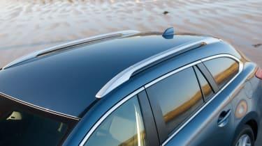 Mazda6 Tourer roof rails