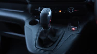 Citroen Berlingo MPV gearlever