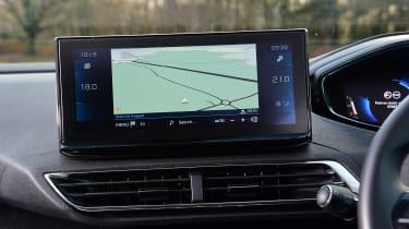 Peugeot 5008 SUV infotainment display