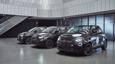 Fiat 500 electric group shot