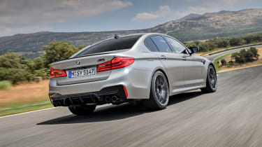 BMW M5 Competition - rear 3/4 dynamic