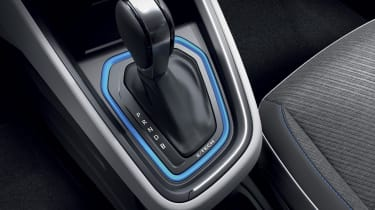 2020 Renault Clio E-Tech - Gear lever