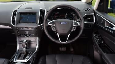 Ford S-MAX - interior