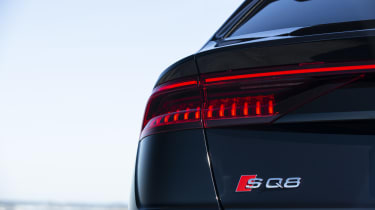 Audi SQ8 - tail-light and badge
