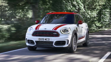 MINI John Cooper Works Countryman - front quarter view