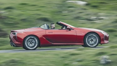 Lexus LC Convertible side panning