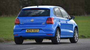 Volkswagen - rear 3/4 dynamic