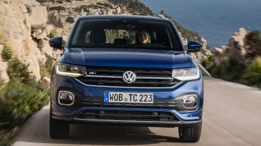 Volkswagen T-Cross 2019 front tracking