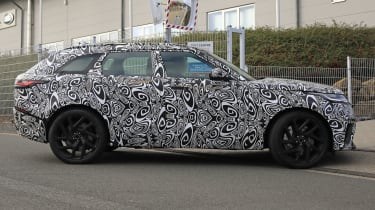 Range Rover Velar SVR side spy shot