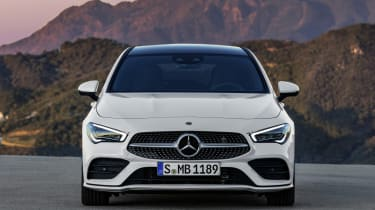 2019 Mercedes CLA Shooting Brake - front close