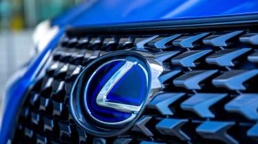 Lexus UX 300e SUV grille