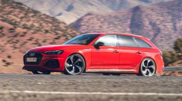 Audi RS4 Avant estate front 3/4 driving