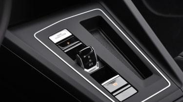 2020 Volkswagen Golf - gear shifter