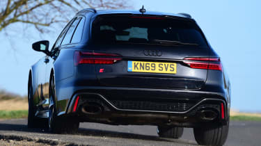 Audi RS6 Avant estate rear cornering