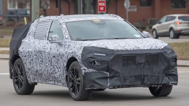 Ford Mondeo SUV prototype front