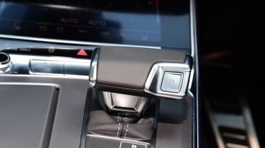 Audi S6 Avant estate centre console