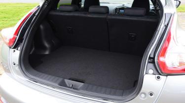 Nissan Juke Nismo RS boot