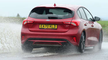 Ford Focus ST hatchback rear water splash