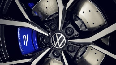 Volkswagen Tiguan R alloy wheel detail