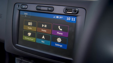2018 Dacia Duster infotainment