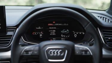 Audi Q5 Sportback SUV - digital dial cluster