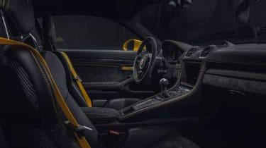 Porsche 718 Cayman GT4 - interior
