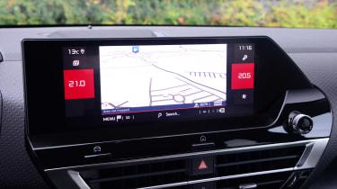 Citroen C4 hatchback navigation