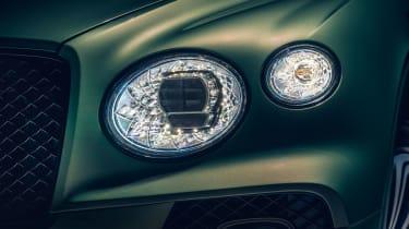 2020 Bentley Bentayga SUV - headlights