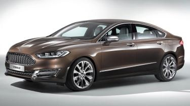 Ford Mondeo Vignale saloon 2015 main