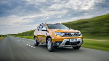 Dacia Duster 1.0-litre 100 TCe - Front 3/4 dynamic shot