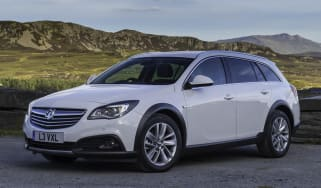 Vauxhall Insignia country tourer 2013 main