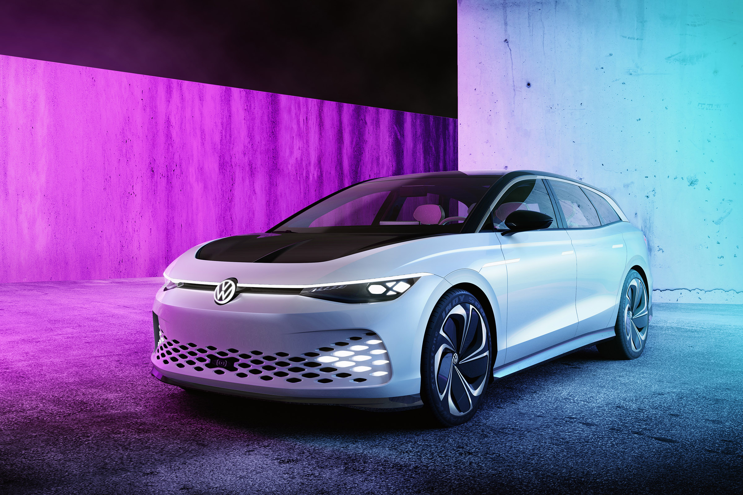 2021 Volkswagen ID. Space Vizzion estate concept launched ...