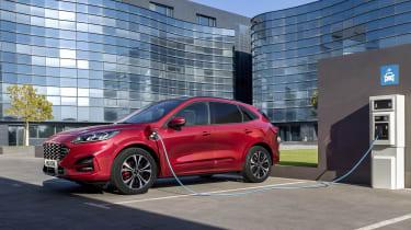 2019 Ford Kuga - charging point