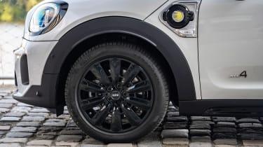 MINI Countryman Plug-in Hybrid alloy wheels