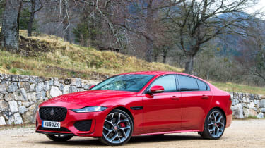 Jaguar XE saloon front 3/4 static