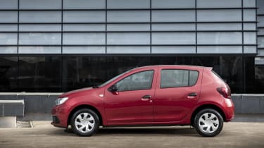 Dacia Sandero hatchback side static